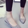 รองเท้าคัทชูส้นเตี้ยสีเทา หัวแหลม ประดับหมุด แนวย้อนยุค สวมใส่สบายเท้า แฟชั่นเกาหลี