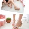 รองเท้าส้นเตารีดสีชมพู แบบรัดส้น ประดับมุก หวานแหวว น่ารัก สายรัดปรับระดับได้ กระชับเท้า แฟชั่นเกาหลี