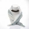 ผ้าพันคอสีเทาอ่อนทูโทน ประดับโอนิกซ์