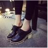 รองเท้าคัทชูผู้หญิงสีดำ หัวกลม ส้นสูง แนววินเทจ ส้นสูง7ซม. แฟชั่นเกาหลี