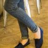 รองเท้าคัทชูส้นแบนสีน้ำเงิน หนังนิ่ม แบบเชือกผูก ส้นประดับหมุด สไตล์หวาน แฟชั่นเกาหลี