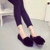 รองเท้าส้นแบนผู้หญิงสีดำ หนังกลับ ผ้ากำมะหยี่ หัวแหลม ประดับขนสั้ตว์ ส้นสูง1ซม แฟชั่นเกาหลี