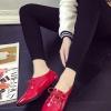 รองเท้าคัทชูผู้หญิงสีแดง หัวแหลม หนังแก้ว แบบเชือกผูก ทรงคลาสสิค เรียบง่ายดูดี แฟชั่นเกาหลี