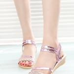 รองเท้าแตะผู้หญิงสีม่วง รัดส้น ประดับเพชร สไตล์โบฮีเมียน หรูหรา ใส่แล้วเท้าขาวสวย แฟชั่นเกาหลี