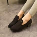 รองเท้าคัตชูผู้หญิงสีดำ แบบสวม หนังเย็บ ส้นหนา แฟชั่นเกาหลี