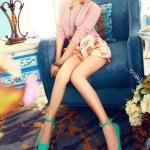 รองเท้าส้นแบนผู้หญิงสีฟ้า หุ้มส้น หัวแหลม หนังแก้ว มีเข็มขัดรัดข้อเท้า น่ารักสไตล์เกาหลี