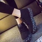 รองเท้าผ้าใบแฟชั่นผู้หญิงสีดำ พื้นลาย แบบเชือกผูก แต้งซิปข้างที่ส้น ทรงทันสมัย น่ารัก ไม่ซ้ำใคร แฟชั่นเกาหลี