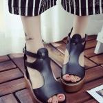 รองเท้าทรงเตารีดสีดำ แบบรัดส้น สายรัดปรับระดับได้ ทรงมัฟฟิน กำลังฮิต ห้ามพลาดแฟชั่นเกาหลี