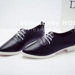 รองเท้าคัตชูผู้หญิงสีดำ หัวแหลม หนังนิ่ม แบบมีเชือกรัด ส้นเตี้ย แฟชั่นเกาหลี