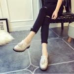 รองเท้าคัชชูผู้หญิงสีเทา ทำจากหนัง หัวหลม ประดับภู่ระบาย แนวย้อนยุค วินเทจ แฟชั่นเกาหลี