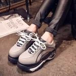 รองเท้าผ้าใบผู้หญิงสีเทา พื้นหนาพิเศษ ใส่สบายเท้า แฟชั่นเกาหลี