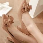 รองเท้าทำงานส้นสูงสีแอปริคอท หุ้มส้น หัวแหลม ประดับโบว์ ส้นหนา ส้นสูง6cm ทรงสุภาพ แฟชั่นเกาหลี