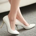 รองเท้าทำงานส้นสูงสีขาว หุ้มส้น หัวแหลม ส้นเข็ม ส้นสูง9cm ทรงสุภาพ แฟชั่นเกาหลี