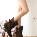 รองเท้าบู๊ทผู้หญิงสีน้ำตาล ผ้าสักราด ประดับโบว์ ส้นเตี้ย แฟชั่นเกาหลี