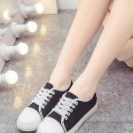 รองเท้าผ้าใบผู้หญิงสีดำ แบบเชือกผูก ระบายอากาศได้ดี สไตล์หวาน แฟชั่นเกาหลี