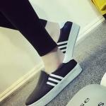 รองเท้าผ้าใบผู้หญิงสีดำ เสริมส้น แบบสวม รองรับน้ำหนักได้ดี ทรงคลาสสิค แฟชั่นเกาหลี