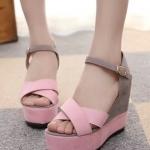 รองเท้าส้นเตารีดสีชมพูเทา ทูโทน รัดส้น เข็มขัดปรับระดับได้ วัดุพียู ใส่แล้วเซ็กซี่ แฟชั่นเกาหลี