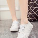 รองเท้าผ้าใบผู้หญิงสีขาว แบบเชือกผูก ระบายอากาศได้ดี สไตล์หวาน แฟชั่นเกาหลี