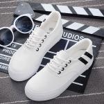 รองเท้าผ้าใบแฟชั่นเกาหลีสีขาว แถบสีดำ แบบเชือกผูก เชือกกลม พื้นหนา ทรงทันสมัย น่ารัก