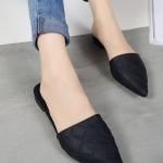 รองเท้าแตะผู้หญิงสีดำ หัวแหลม แบบสวม ส้นเตี้ย ดูดี สวมใส่สบายเท้า แฟชั่นเกาหลี