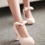 รองเท้าคัทชูส้นสูงสีชมพู หัวกลม เข็มขัดรัดข้อเท้าประดับโบว์ ส้นสูง10cm หวานหวาน แนวเจ้าหญิง แฟชั่นเกาหลี