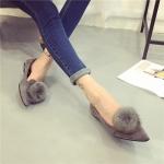 รองเท้าส้นตั้ยผู้หญิงสีเทา หนังกลับ หัวแหลม ประดับพู่ขนสั้ตว์ที่หัว น่ารัก เก๋ไก๋ แฟชั่นเกาหลี