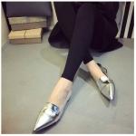 รองเท้าทำงานผู้หญิงสีเงิน หนังแก้ว ส้นเตี้ย หัวแหลม แนวย้อนยุค สไตล์วินเทจ แฟชั่นเกาหลี