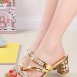 รองเท้าแตะผู้หญิงสีทอง ส้นสูง เปิดส้น สายคาดแต่งเพชรหรูหรา แบบเปิดโชว์นิ้วเท้า แฟชั่นเกาหลี