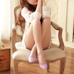 รองเท้าส้นแบนผู้หญิงสีม่วง หุ้มส้น หัวแหลม ฉลุลาย ใส่แล้วเท้าเล็ก แนวหวาน น่ารัก แฟชั่นเกาหลี