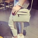 กระเป๋าสะพายข้างสีเทา ทรงมินิ เหมาะสำหรับวันชิล ๆ แฟชั่นเกาหลี