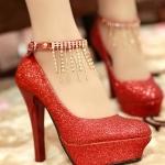 รองเท้าส้นสูงสีแดง หัวกลม หุ้มส้น ประดับกากเพชร หรูหรา เหมาะใส่งานแต่งงาน ส้นสูง7.5cm พืนหนา3cm แฟชั่นเกาหลี