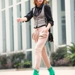 รองเท้าบู๊ทส้นสูงสีเขียว วัสดุPU ด้านในบุกำมะหยี่ ส้นสูง8cm กันน้ำ ซิปด้านหน้า แฟชั่นเกาหลี