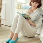 รองเท้าส้นแบนผู้หญิงสีฟ้า หุ้มส้น หนังไมโครไฟเบอร์ ทรงนางพยาบาล แฟชั่นเกาหลี