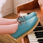 รองเท้าผ้าใบแฟชั่นผู้หญิงสีฟ้า หัวกลม แบบเชือกผูก หนังPU ส้นแบน แนววินเทจ แฟชั่นเกาหลี