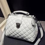 กระเป๋าสะพายข้างสีขาว ปรับสายได้ หนังPU อย่างดี แฟชั่นเกาหลี