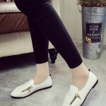 รองเท้าคัทชูผู้หญิงสีขาว หัวแหลม แต่งซิปข้าง แบบสวม แนววินเทจ แฟชั่นเกาหลี