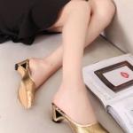 รองเท้าแตะผู้หญิงสีทอง พื้นลายเสือดาว หัวแหลม เปิดส้น หรูหรา แฟชั่นเกาหลี