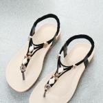 รองเท้าแตะผู้หญิงสีดำ แบบหนีบ รัดส้น เรียบง่ายดูดี เบาสบายเท้า แฟชั่นเกาหลี