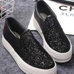 รองเท้าผ้าใบส้นตึกสีดำ ผ้ากำมะหยี่ ประดับกากเพชร แบบสวม พื้นหนาสีขาว ทรงทันสมัย แฟชั่นเกาหลี