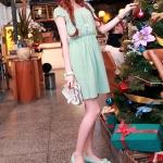 รองเท้าส้นเตี้ยผู้หญิงสีฟ้า หุ้มส้น หัวแหลม ประดับโบว์ ส้นสูง4cm ใส่แล้วเท้าเล็ก น่ารัก แฟชั่นเหาหลี