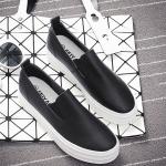 รองเท้าผ้าใบแฟชั่นเกาหลีสีดำ วัสดุหนัง ใส่เหยียบส้น แบบสวม ทรงทันสมัย เรียบง่าย ใส่ลำลอง