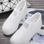 รองเท้าผ้าใบแฟชั่นผู้หญิงสีขาว วัสดุหนัง พื้นหนา แบบสวม เรียบง่าย ดูดี แฟชั่นเกาหลี