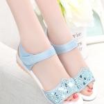 รองเท้าแตะผู้หญิงสีฟ้า รัดส้น หัวแต่งลายฉลุประดับเพชร สไตล์หวาน แฟชั่นเกาหลี