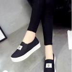 รองเท้าผ้าใบผู้หญิงสีดำ พื้นหนา แบบสวม โลโกFASHION ทรงVAN แฟชั่นเกาหลี