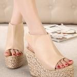 รองเท้าส้นเตารีดแบบรัดส้น สไตล์โรมัน (สีแอปปริคอท)