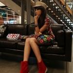 รองเท้าบู๊ตผู้หญิงสีแดง หนังเคลือบ หัวกลม ส้นแบน แฟชันเกาหลี ส้นสูง1cm