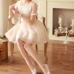 รองเท้าส้นแบนสีขาว ทูโทน หุ้มส้น หัวกลม ประดับโบว์และระบายลายลูกไม้ ทรงตุ๊กตา น่ารัก แฟชั่นเกาหลี
