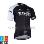 เสื้อปั้นจักรยาน Trek2014 สีดำขาว