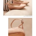 รองเท้าส้นเตี้ยผู้หญิงสีแอปริคอท หุ้มส้น หัวแหลม พื้นลาด วัสดุPU ส้นสูง3cm มีเข็มขัดรัดข้อเท้า แฟชั่นเกาหลี