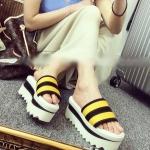 รองเท้าแตะผู้หญิงสีเหลือง แบบสวม ส้นตึก แฟชั่นเกาหลี